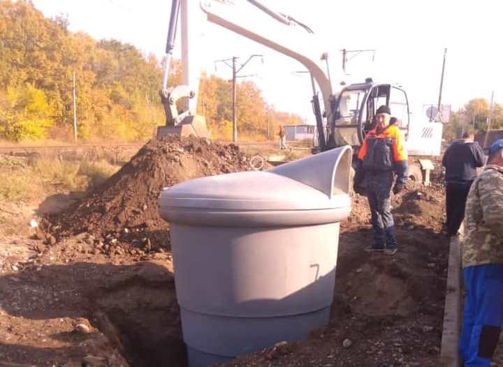 В Таганроге устанавливают контейнеры