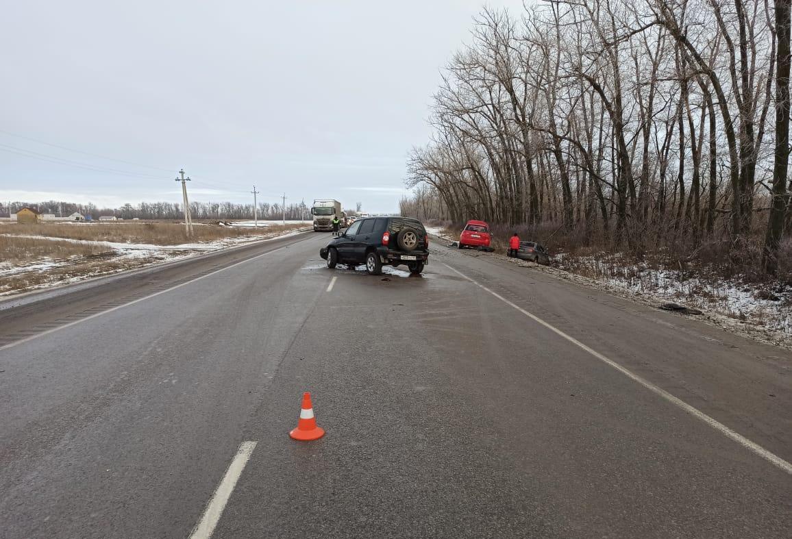 Два водителя пострадали в ДТП на донской трассе