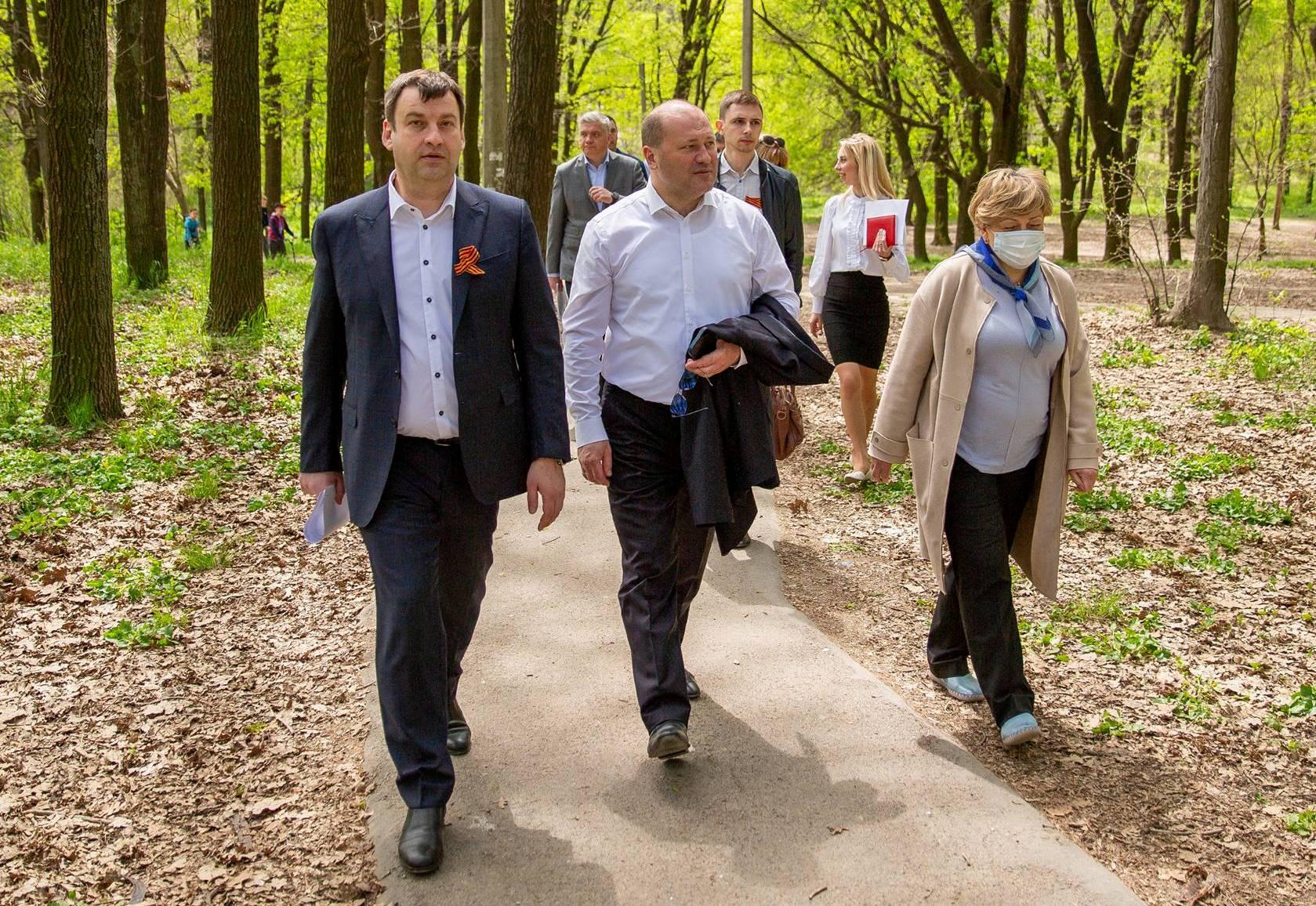В Таганроге с очередным визитом побывал заместитель губернатора