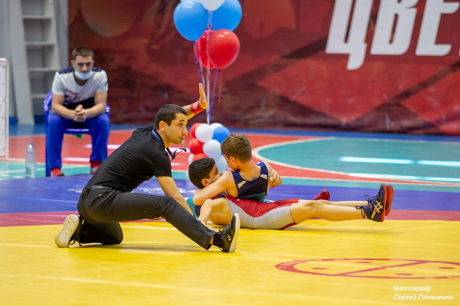 В Таганроге прошел Всероссийский турнир по греко-римской борьбе