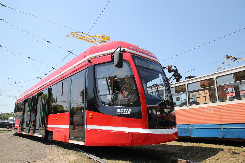 До конца августа Таганрог получит еще девять новых трамваев