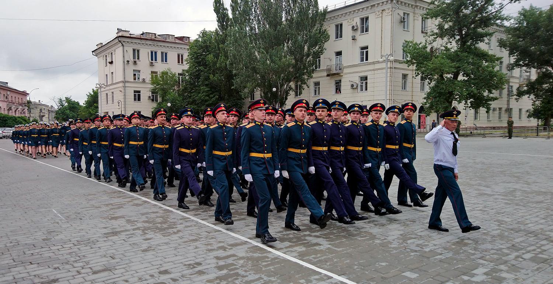 Выпускники Военного учебного центра ЮФУ отправляются на службу