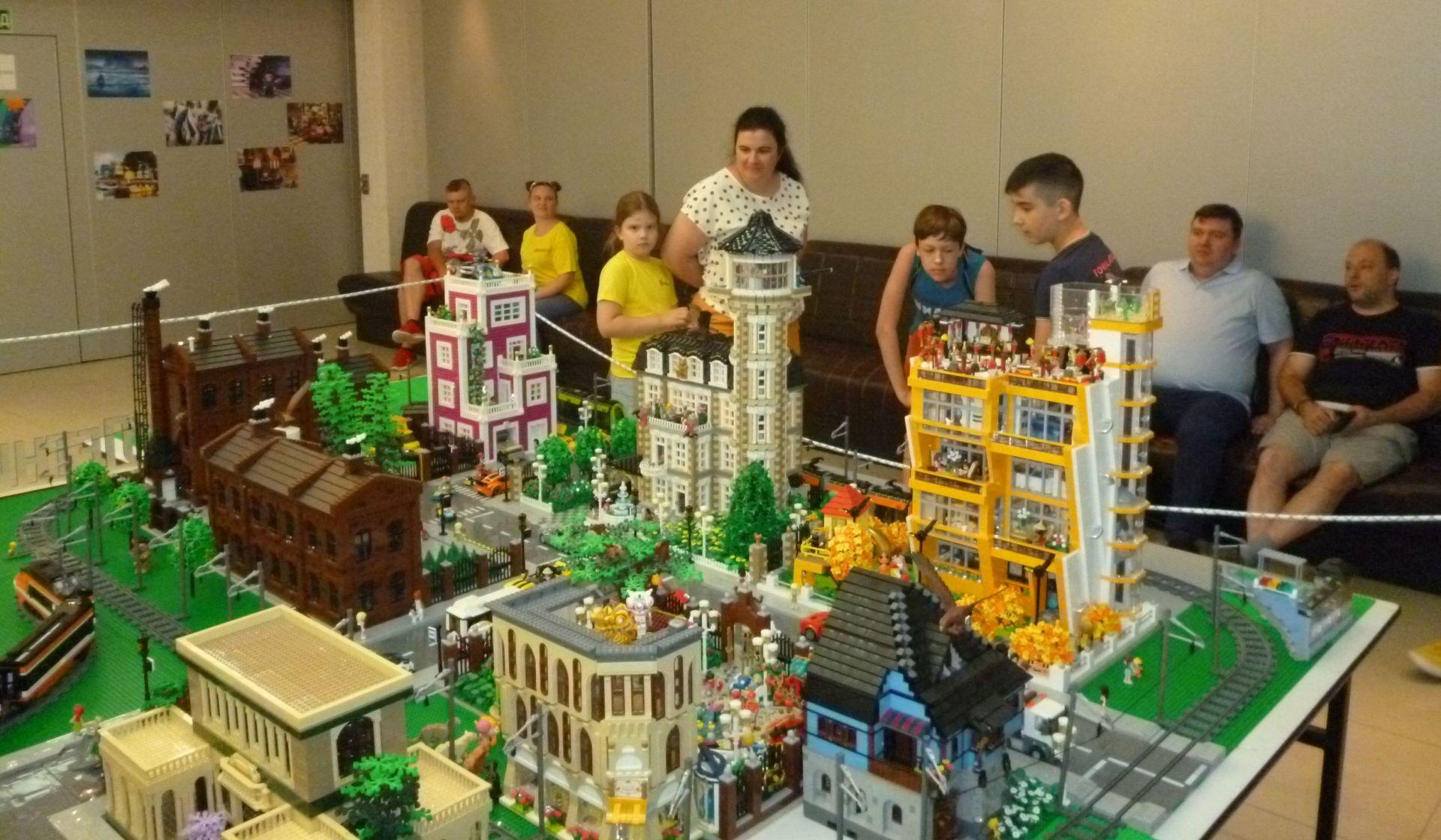 В Таганроге прошел Лего-фестиваль