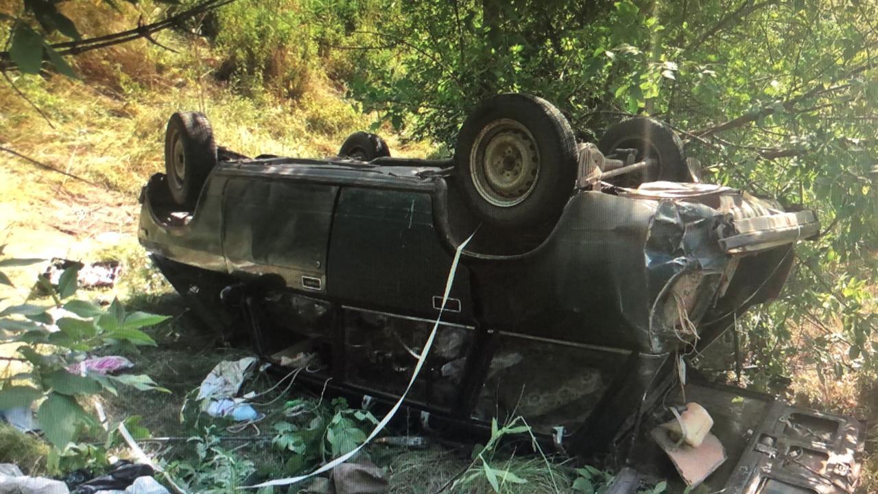 На донской трассе грузовик врезался в «ВАЗ»