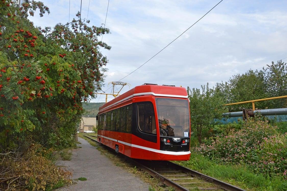 Второй новый трамвай для Таганрога проходит обкатку