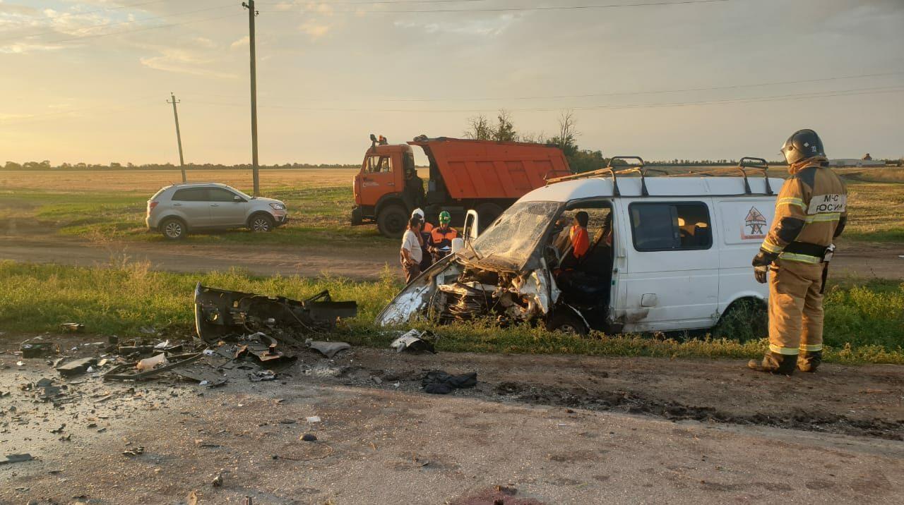 В ДТП на донской трассе пострадали 11 человек