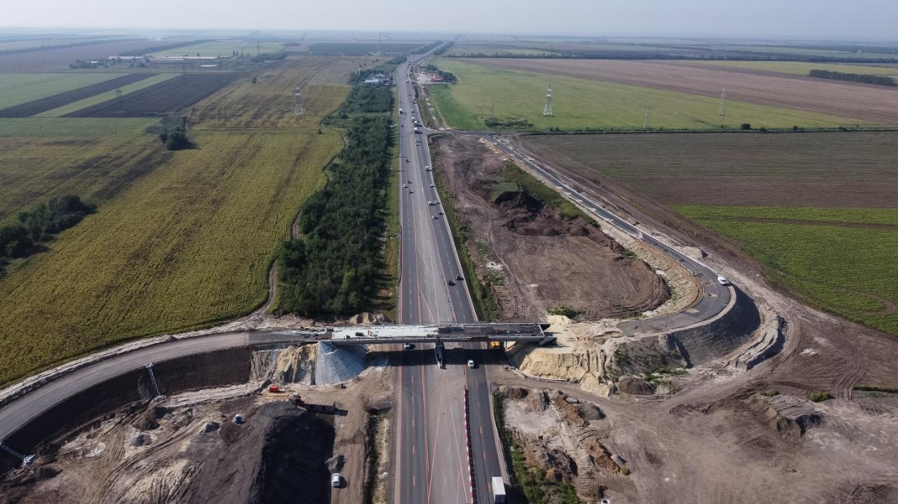 На трассе М-4 «Дон» завершается строительство путепровода