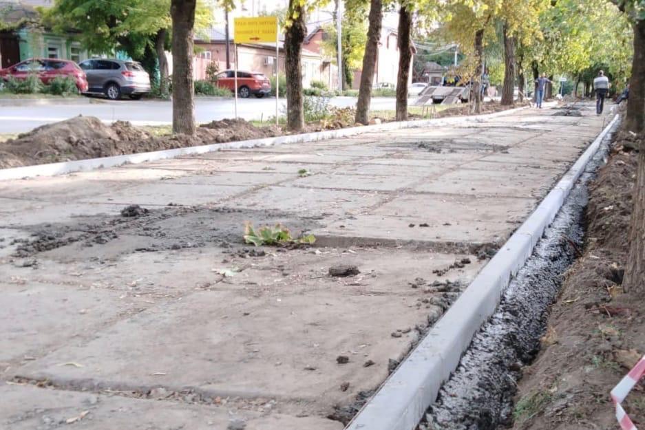 В Таганроге продолжается реализация проектов по благоустройству