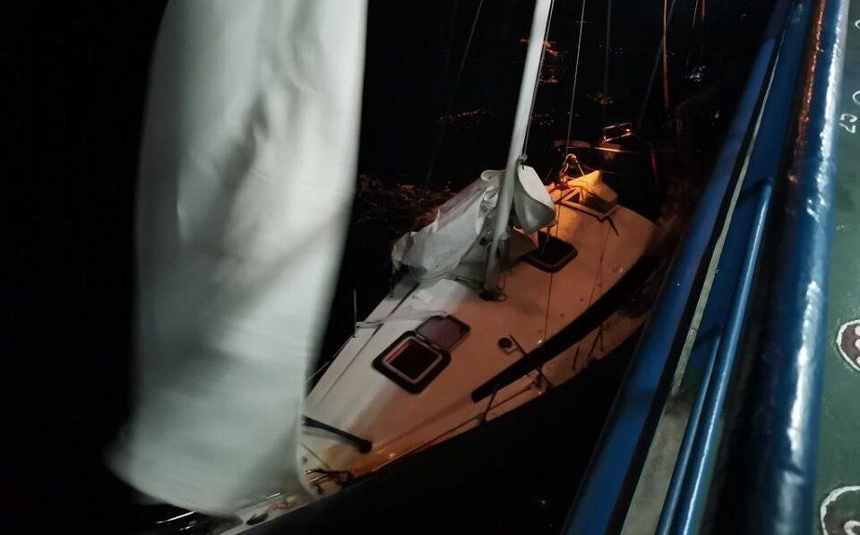 Российские моряки спасли терпящих бедствие греков