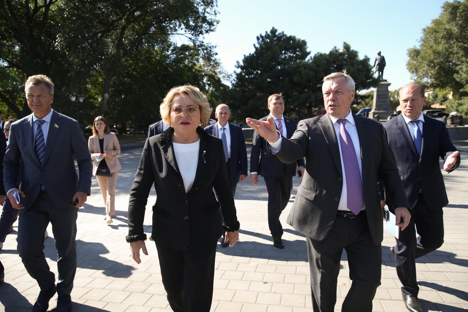 Валентина Матвиенко оценила работу по благоустройству Таганрога