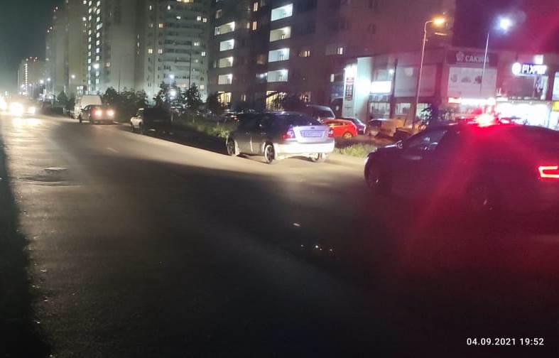 В Ростовской области 10-летняя девочка попала под машину