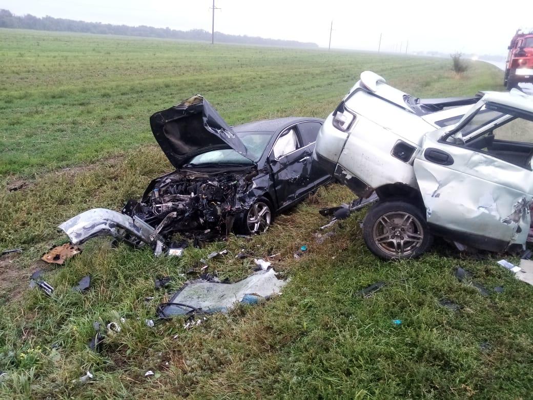 Машину занесло: в Ростовской области в ДТП погиб водитель