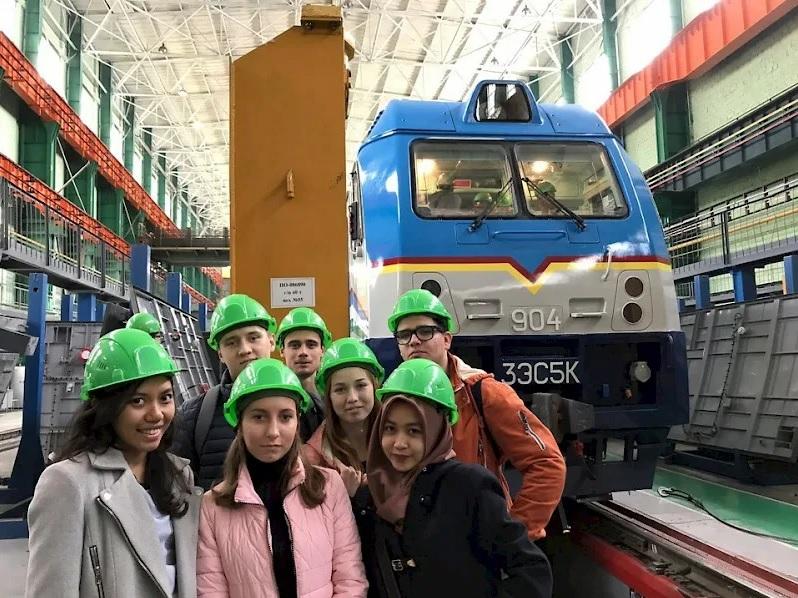 Новые стандарты помогут сделать промышленные экскурсии более безопасными
