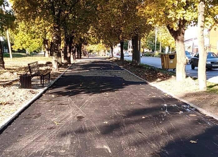 Ремонт тротуара в пер. Смирновском завершат до 25 октября
