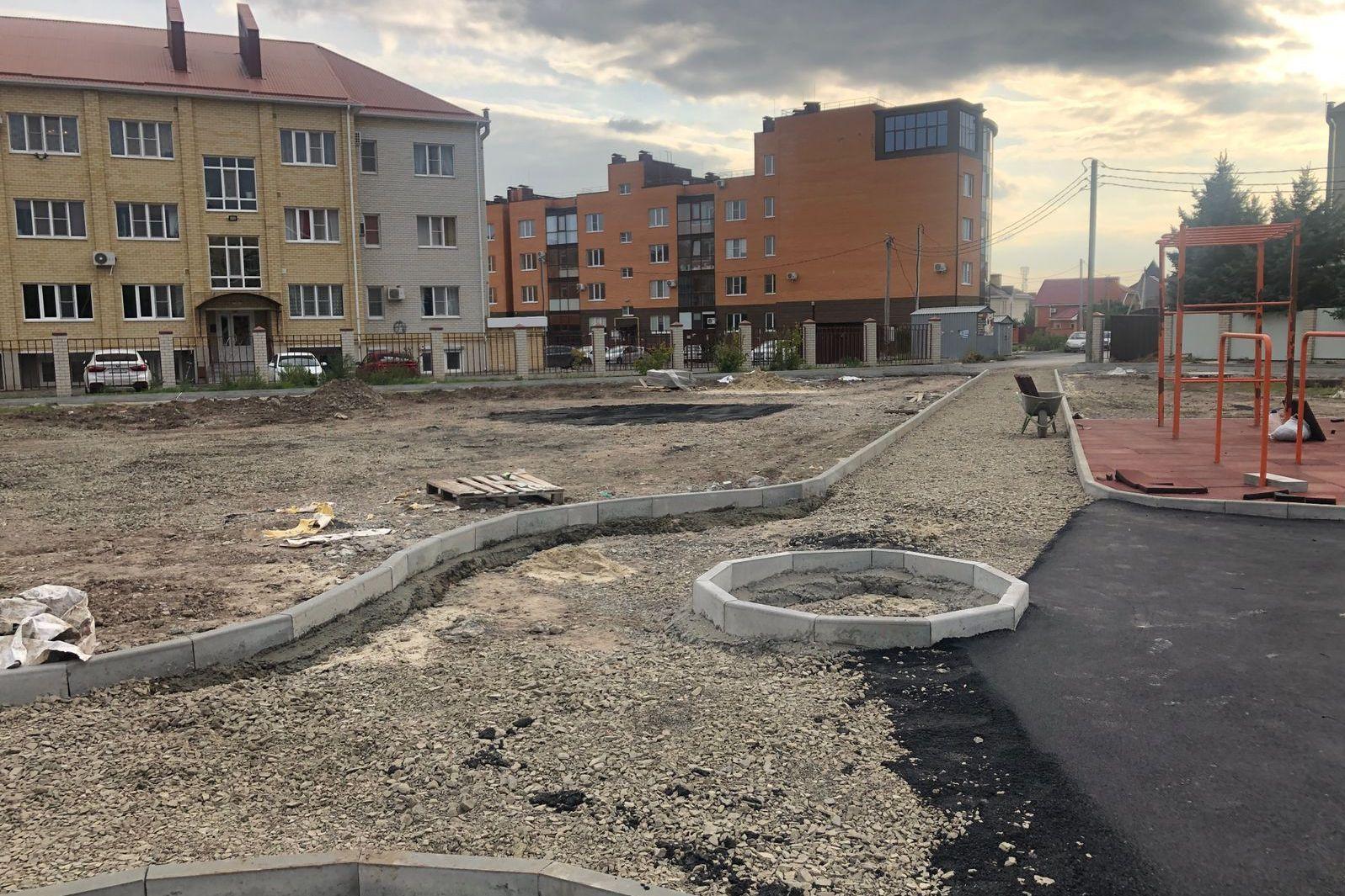 Сквер на ул. Кленовой в Таганроге откроют в октябре